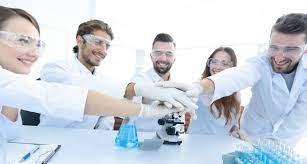 Consensus de la profession sur les 20 principales missions du biologiste  médical