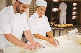 ▷ Fiche métier Boulanger pâtissier : salaire, étude, rôle et compétence |  RegionsJob.com