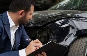Introduction à l'inspection visuelle d'un véhicule endommagé