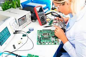 Équipement de base du poste de travail du laboratoire d'électronique -  reichelt magazine